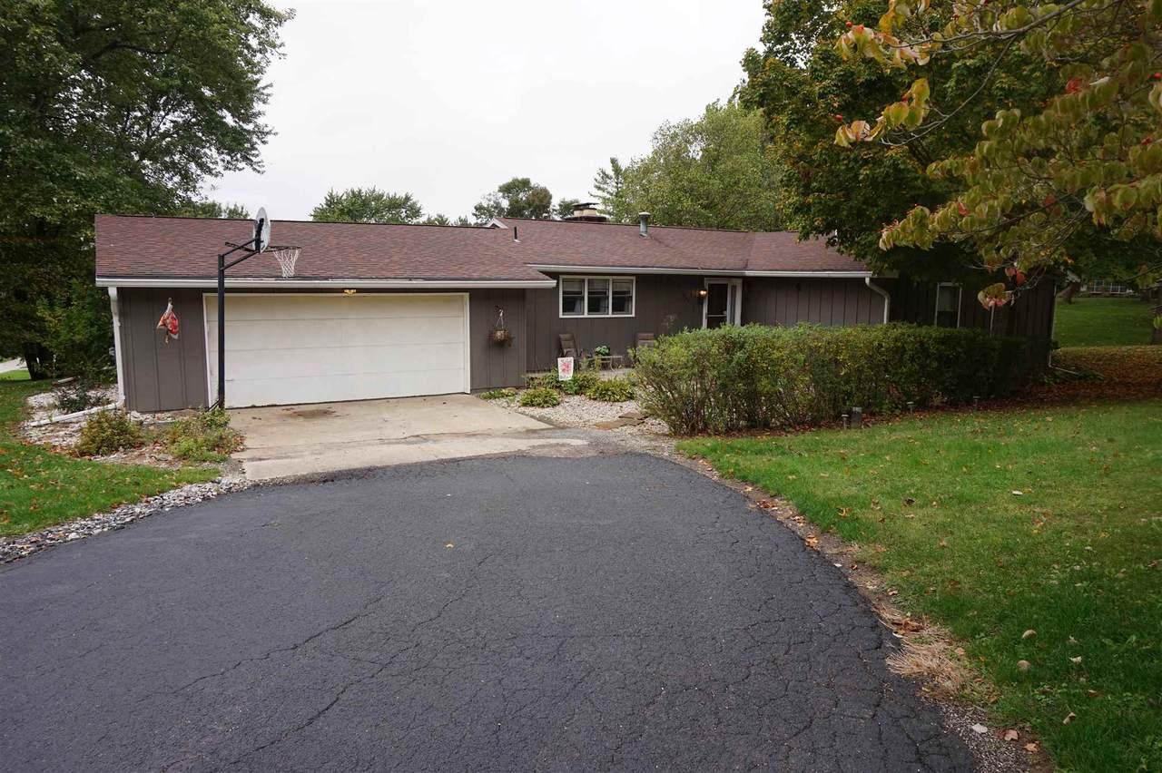 1266 Crestview Drive - Photo 1