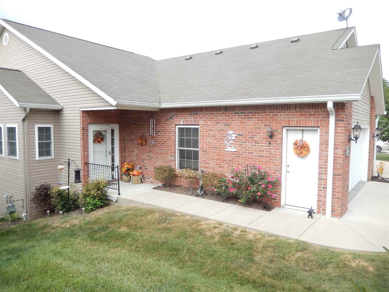 2445 Stonelake Circle - Photo 1