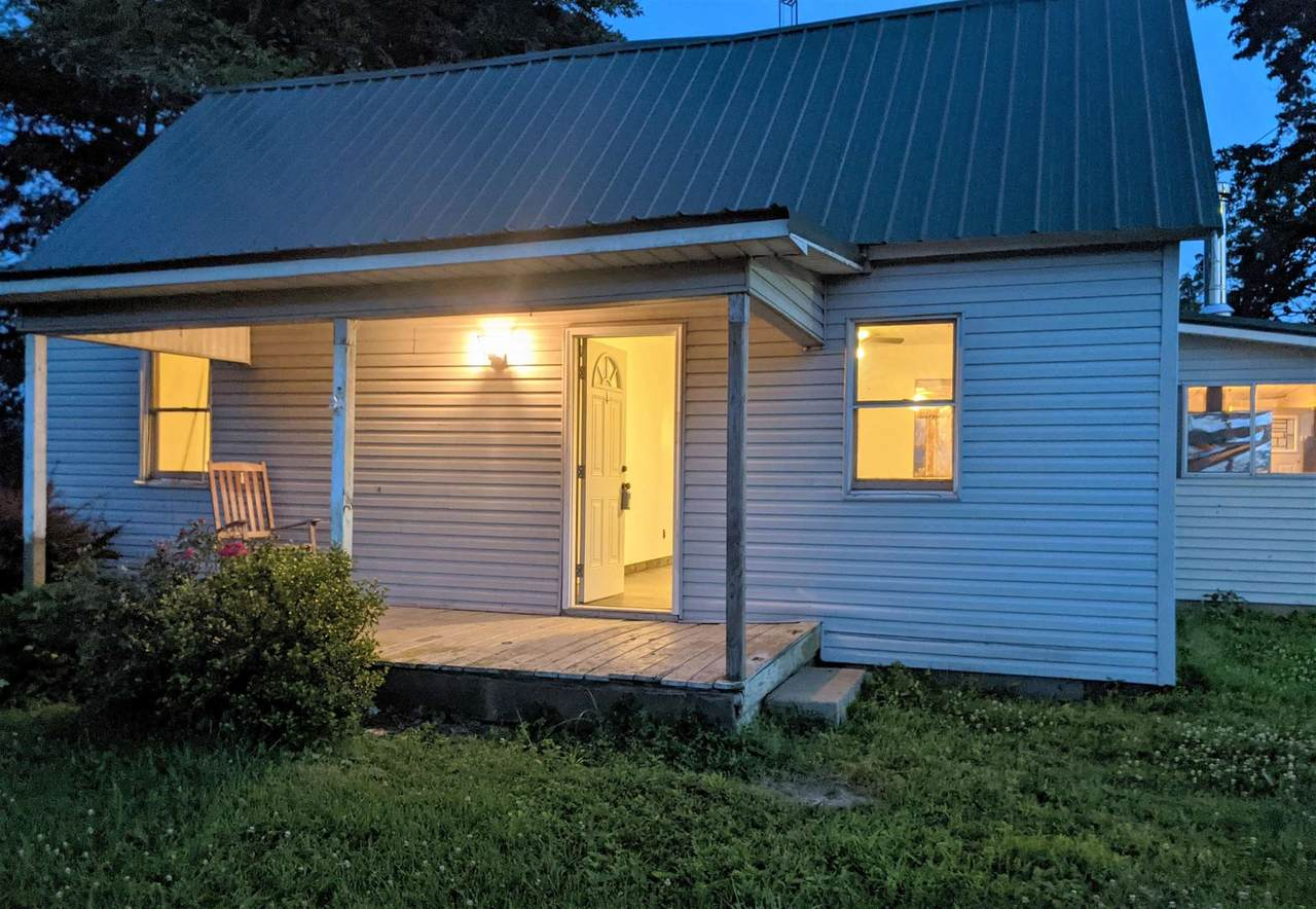 2718 State Road 550 - Photo 1