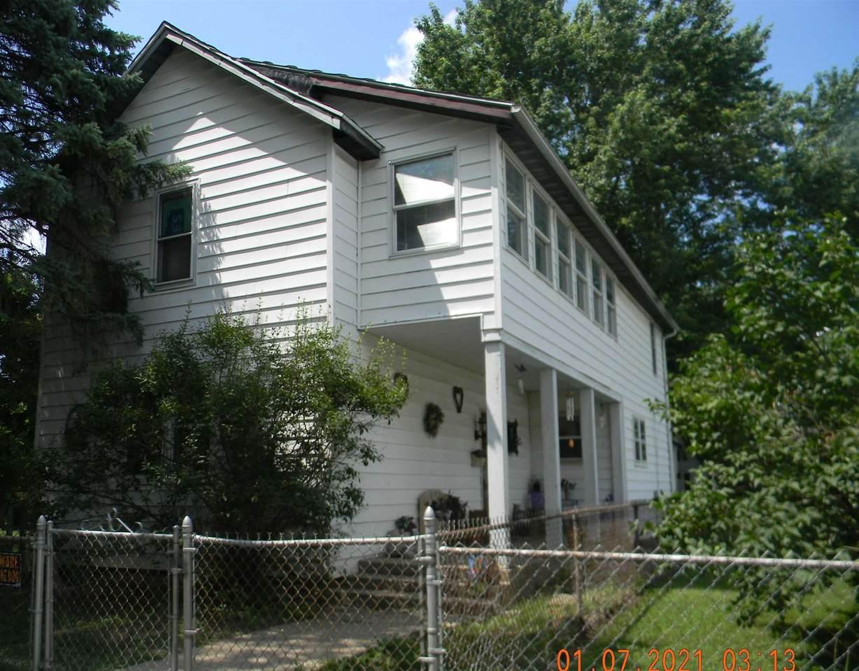 205 South G Street - Photo 1