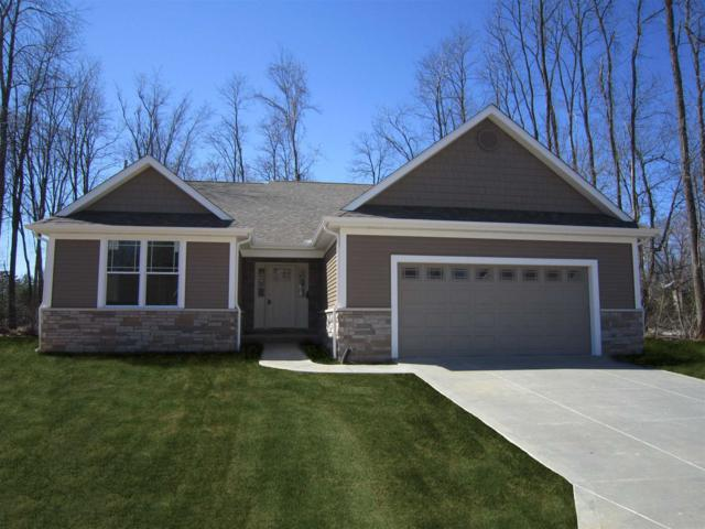 50921 Forest Lake Trail #62, South Bend, IN 46628 (MLS #201827900) :: Parker Team