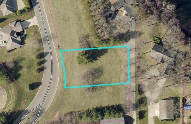 000 Fox Chase Drive, Bristol, IN 46507 (MLS #201647651) :: The ORR Home Selling Team