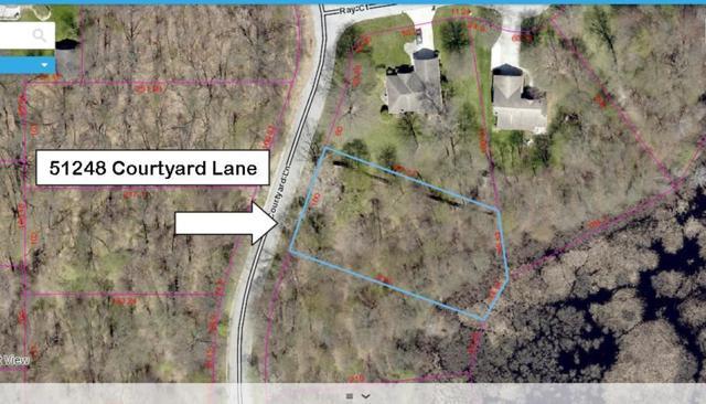 51248 Courtyard Lane, Elkhart, IN 46514 (MLS #201715921) :: Parker Team