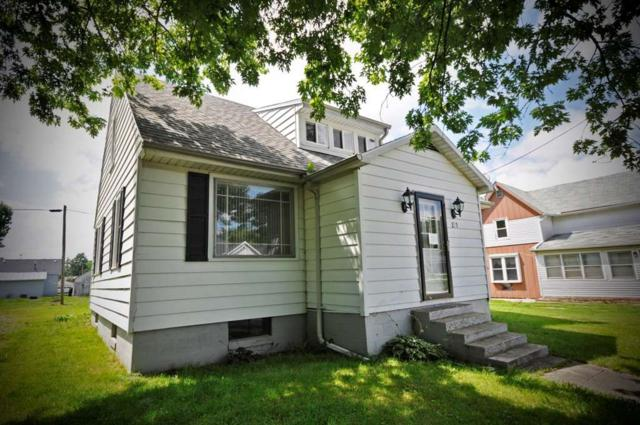 201 N Morris Street, Farmland, IN 47340 (MLS #201734278) :: The ORR Home Selling Team