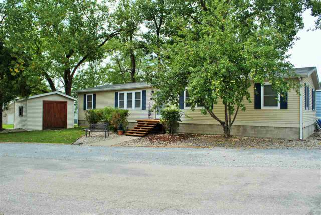 11126 N Quiet Water Road, Monticello, IN 47960 (MLS #201736445) :: The ORR Home Selling Team