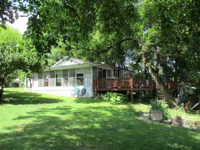 909 Bluewater Drive, Monticello, IN 47960 (MLS #201737820) :: The Romanski Group - Keller Williams Realty