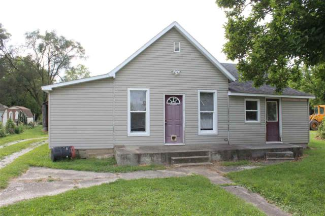 3174 N Wells Street, Delphi, IN 46923 (MLS #201739546) :: The Romanski Group - Keller Williams Realty