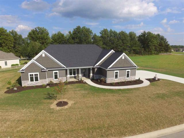 2325 Red Oak Ct, Bluffton, IN 46714 (MLS #201742212) :: The ORR Home Selling Team