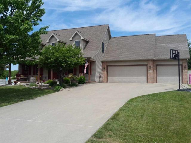 4642 E Cardinal Drive, Syracuse, IN 46567 (MLS #201742709) :: Parker Team