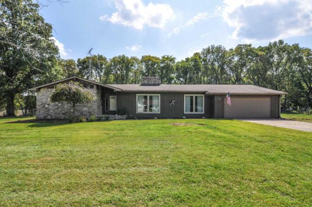 104 Crest Drive, Delphi, IN 46923 (MLS #201743870) :: The Romanski Group - Keller Williams Realty