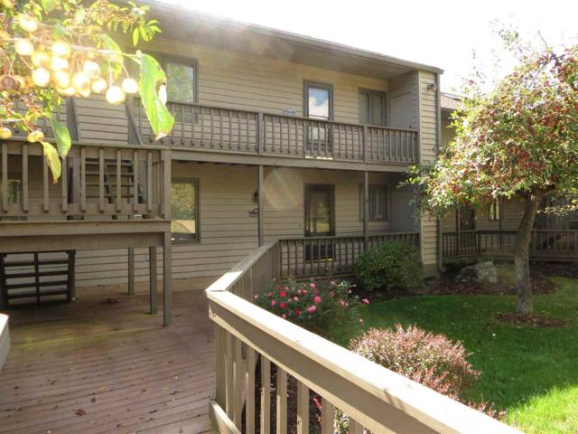 1946 E Waters Edge Drive #52, Bloomington, IN 47401 (MLS #201746267) :: The ORR Home Selling Team