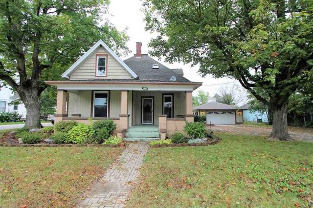 250 E Main Street, Rossville, IN 46065 (MLS #201747004) :: The Romanski Group - Keller Williams Realty