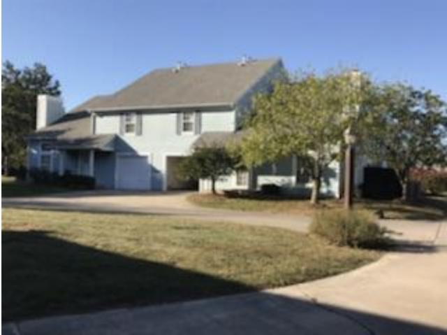 3606 N Lakeside Dr, Muncie, IN 47304 (MLS #201748559) :: The ORR Home Selling Team