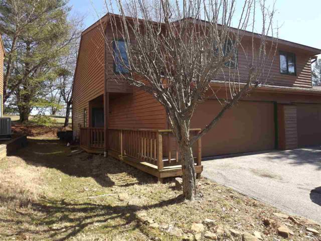 9557 S Lakeridge Dr. #140, Bloomington, IN 47401 (MLS #201750054) :: The ORR Home Selling Team