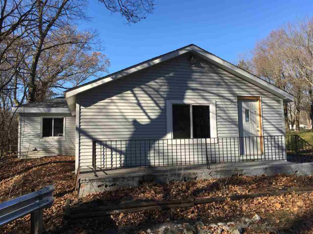 3704 N West Shafer Dr, Monticello, IN 47960 (MLS #201753877) :: The Romanski Group - Keller Williams Realty