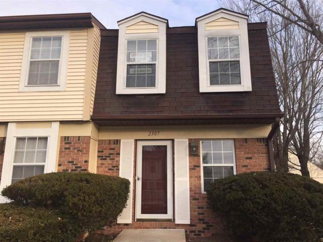 2307 S Burberry Lane, Bloomington, IN 47401 (MLS #201754376) :: The ORR Home Selling Team