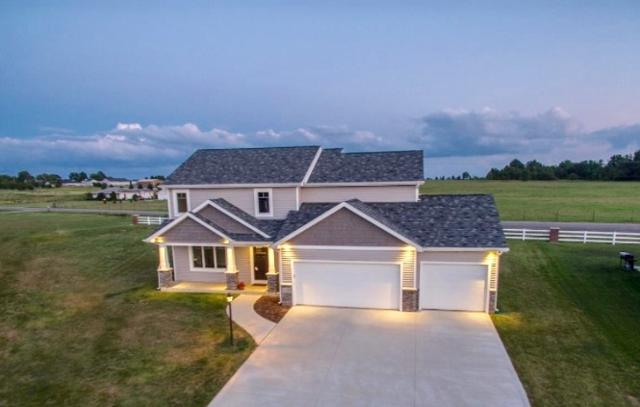 12390 Cantle Place, Grabill, IN 46741 (MLS #201800204) :: The ORR Home Selling Team