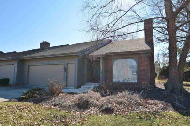 5702 Bayside Drive, Fort Wayne, IN 46815 (MLS #201808002) :: The ORR Home Selling Team