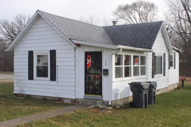 145 N Water, Albany, IN 47320 (MLS #201810308) :: The ORR Home Selling Team
