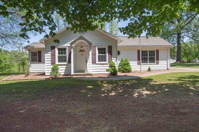 7420 West Franklin Road, Evansville, IN 47712 (MLS #201818656) :: The ORR Home Selling Team