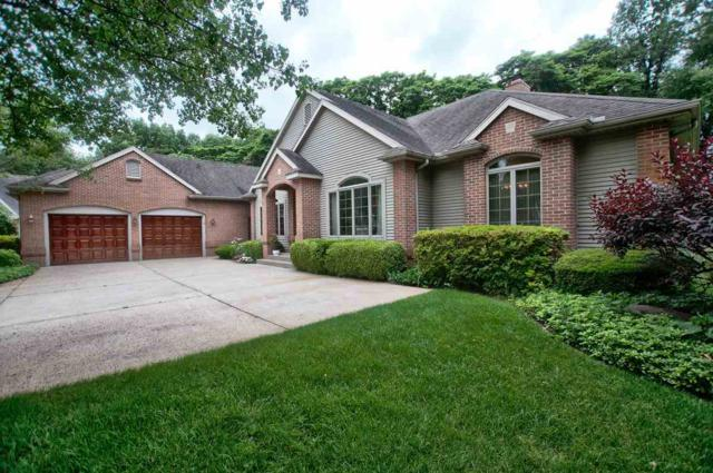 21489 Edgefield Court, Bristol, IN 46507 (MLS #201826620) :: The ORR Home Selling Team