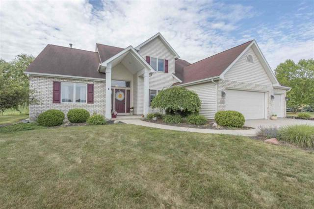 1401 W Glenview Ct, Columbia City, IN 46725 (MLS #201829444) :: Parker Team