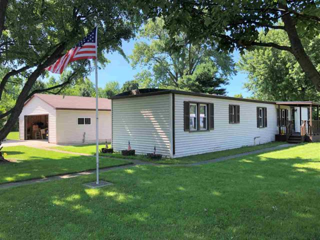 1502 S New Jersey Avenue, Marion, IN 46953 (MLS #201829692) :: The Romanski Group - Keller Williams Realty