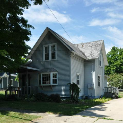 411 Randolph, Angola, IN 46703 (MLS #201830026) :: The ORR Home Selling Team