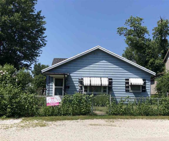 807 E 29th Street, Marion, IN 46953 (MLS #201831111) :: The Romanski Group - Keller Williams Realty