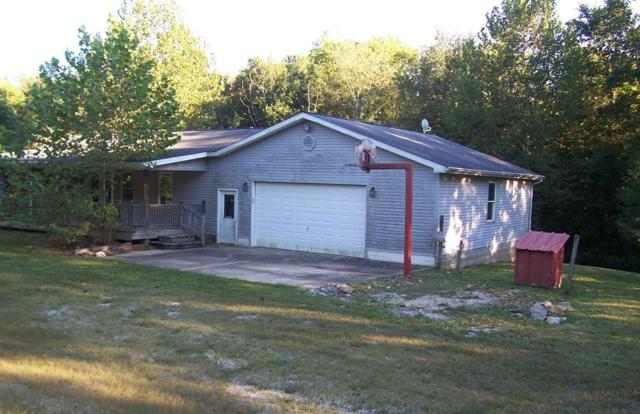 282 Wyler Lane, Mitchell, IN 47446 (MLS #201831123) :: The ORR Home Selling Team