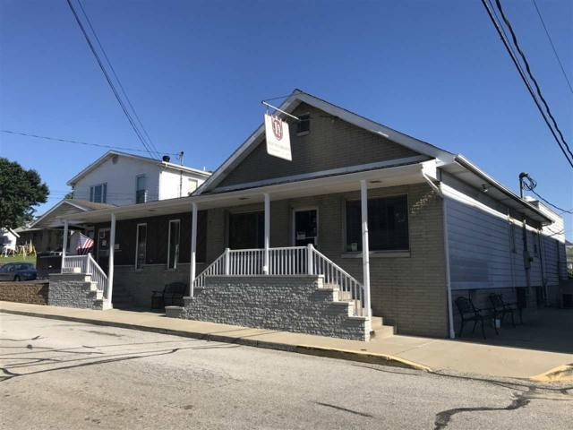 214 E 12th Street, Jasper, IN 47546 (MLS #201832157) :: The ORR Home Selling Team