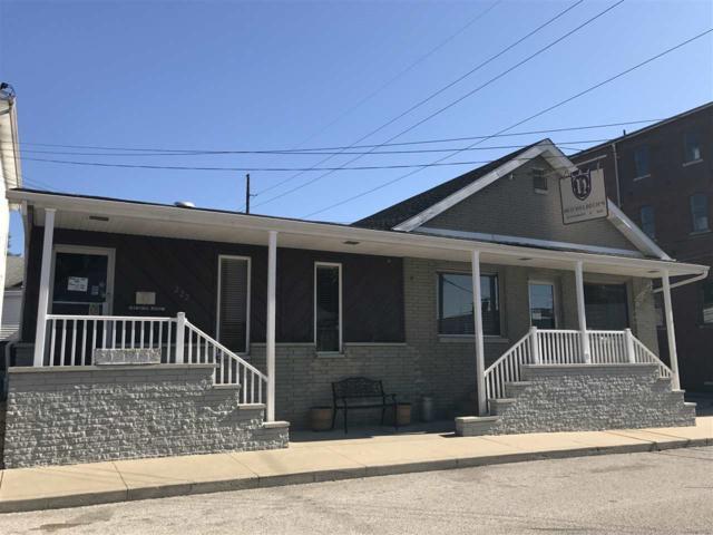 222 E 12 Street, Jasper, IN 47546 (MLS #201832194) :: The ORR Home Selling Team