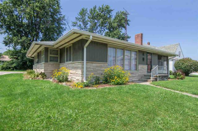 207 S Center Street, Flora, IN 46929 (MLS #201834687) :: The Romanski Group - Keller Williams Realty