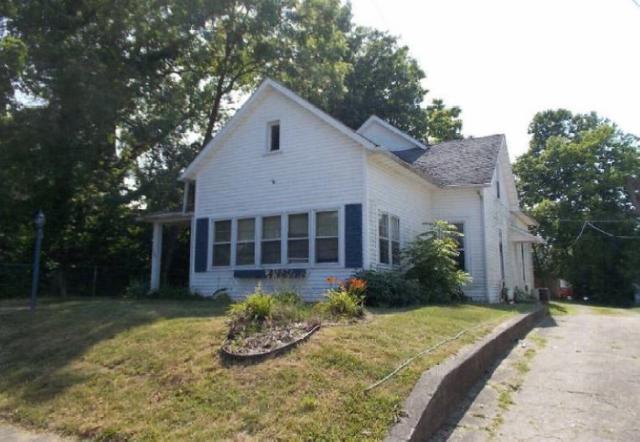 305 N Hartford Street, Eaton, IN 47338 (MLS #201836121) :: The ORR Home Selling Team
