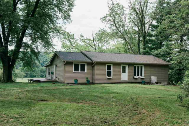 3228 E Robinson Road, Bloomington, IN 47408 (MLS #201836782) :: Parker Team