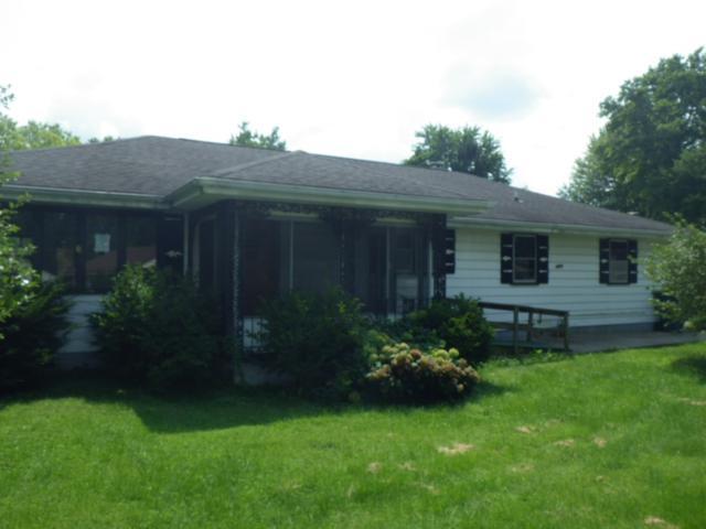 3401 W 30th Street, Muncie, IN 47302 (MLS #201837086) :: The ORR Home Selling Team