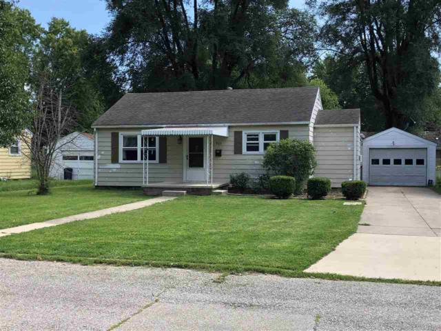 925 W 1st Street, Albany, IN 47320 (MLS #201838211) :: The ORR Home Selling Team