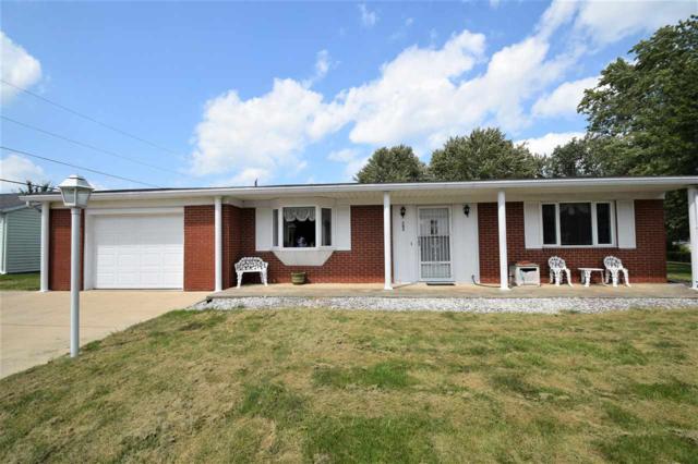 203 Fairway, Hartford City, IN 47348 (MLS #201838807) :: The ORR Home Selling Team