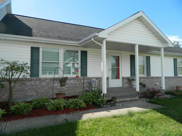 2784 Turnpointe Boulevard, New Haven, IN 46774 (MLS #201839271) :: Parker Team
