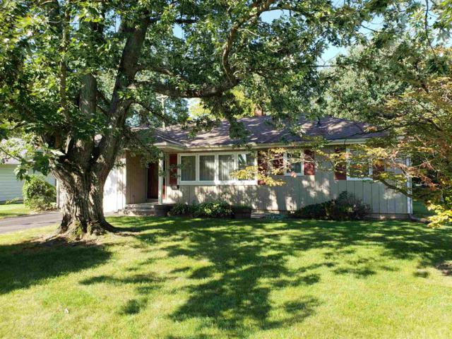 104 Mohawk Drive, Flora, IN 46929 (MLS #201841820) :: The Romanski Group - Keller Williams Realty