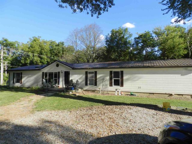 3519 S Freeman Rd, Monticello, IN 47960 (MLS #201842325) :: The Romanski Group - Keller Williams Realty