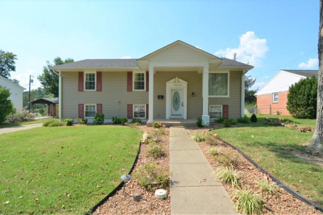 5224 Berry Lane, Evansville, IN 47710 (MLS #201842802) :: The ORR Home Selling Team