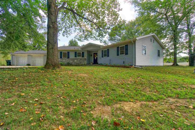 11125 E Copperline Road, Evansville, IN 47712 (MLS #201845198) :: The Dauby Team