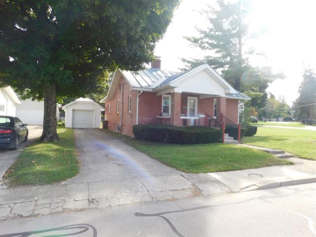 829 Richmond, Winchester, IN 47394 (MLS #201846569) :: The ORR Home Selling Team