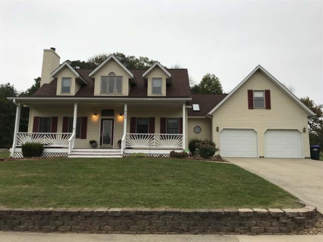 933 Clover Drive, Ellettsville, IN 47429 (MLS #201847299) :: Parker Team