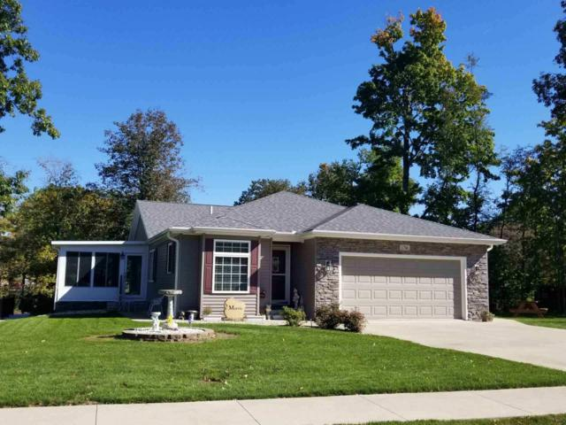 1706 N Hawthorne Road, Marion, IN 46952 (MLS #201847407) :: The Romanski Group - Keller Williams Realty