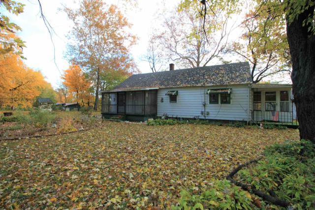 1607 Lawson Lane, Monticello, IN 47960 (MLS #201849240) :: The Romanski Group - Keller Williams Realty
