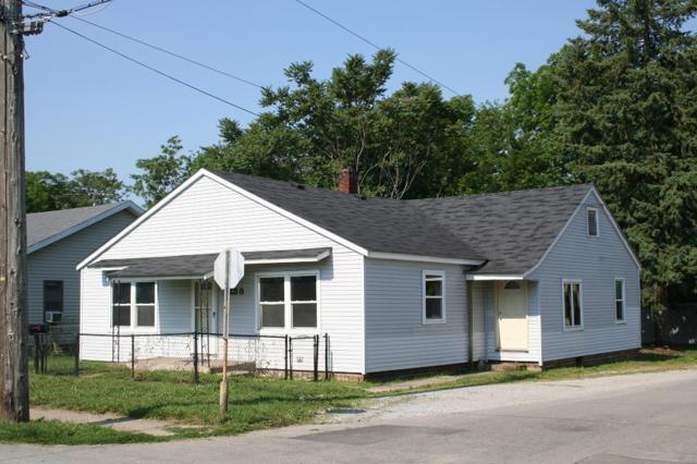 258 N Hoke Avenue, Frankfort, IN 46041 (MLS #201849581) :: The Romanski Group - Keller Williams Realty