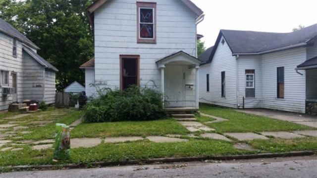 208 N Hill Street, Marion, IN 46952 (MLS #201853572) :: The Romanski Group - Keller Williams Realty