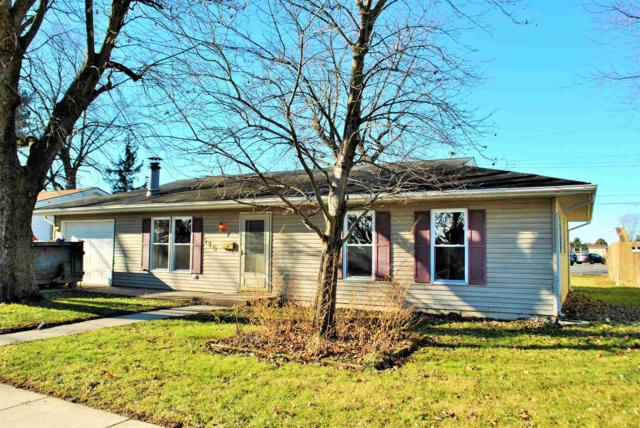520 Lakeland Avenue, Monticello, IN 47960 (MLS #201854219) :: Parker Team